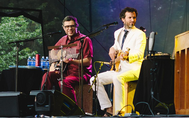 Live Review Flight Of The Conchords With Eugene Mirman At
